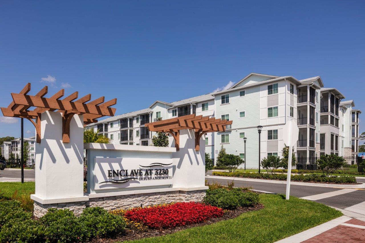 Enclave at 3230 South Daytona apartment homes (33)