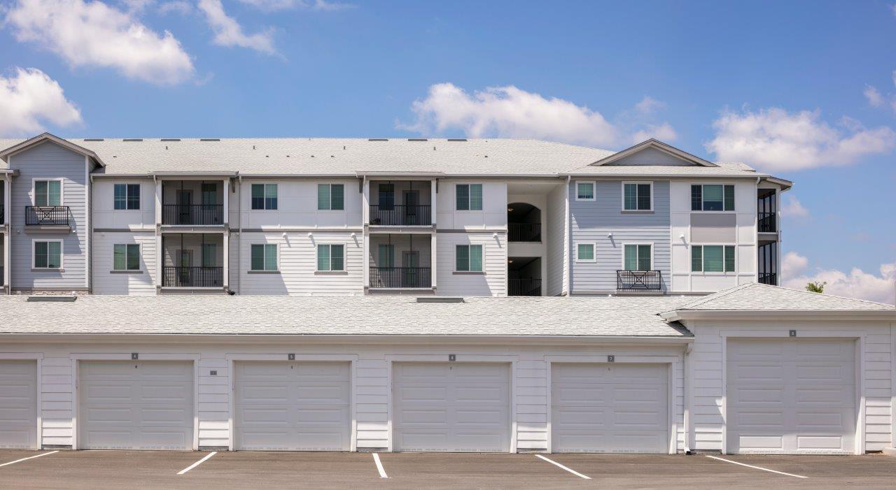 Enclave at 3230 South Daytona apartment homes (45)
