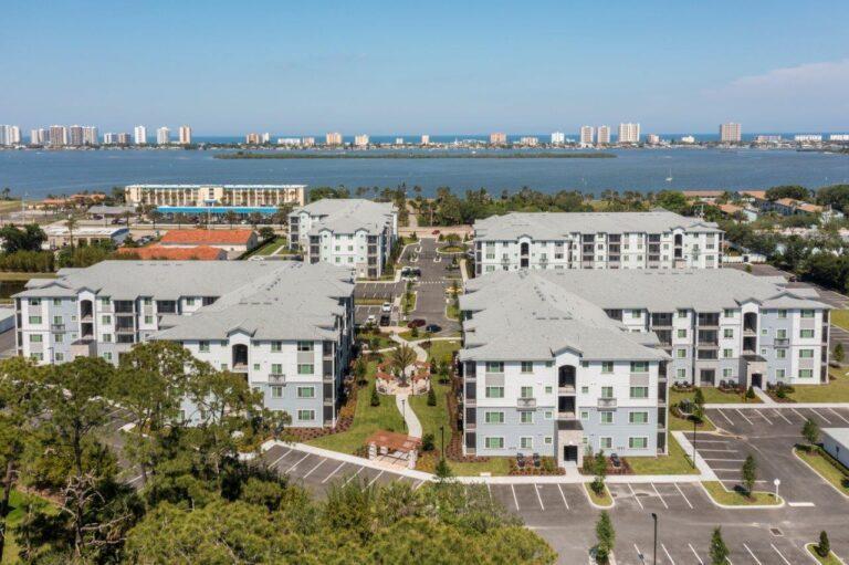 Enclave at 3230 South Daytona apartment homes gallery