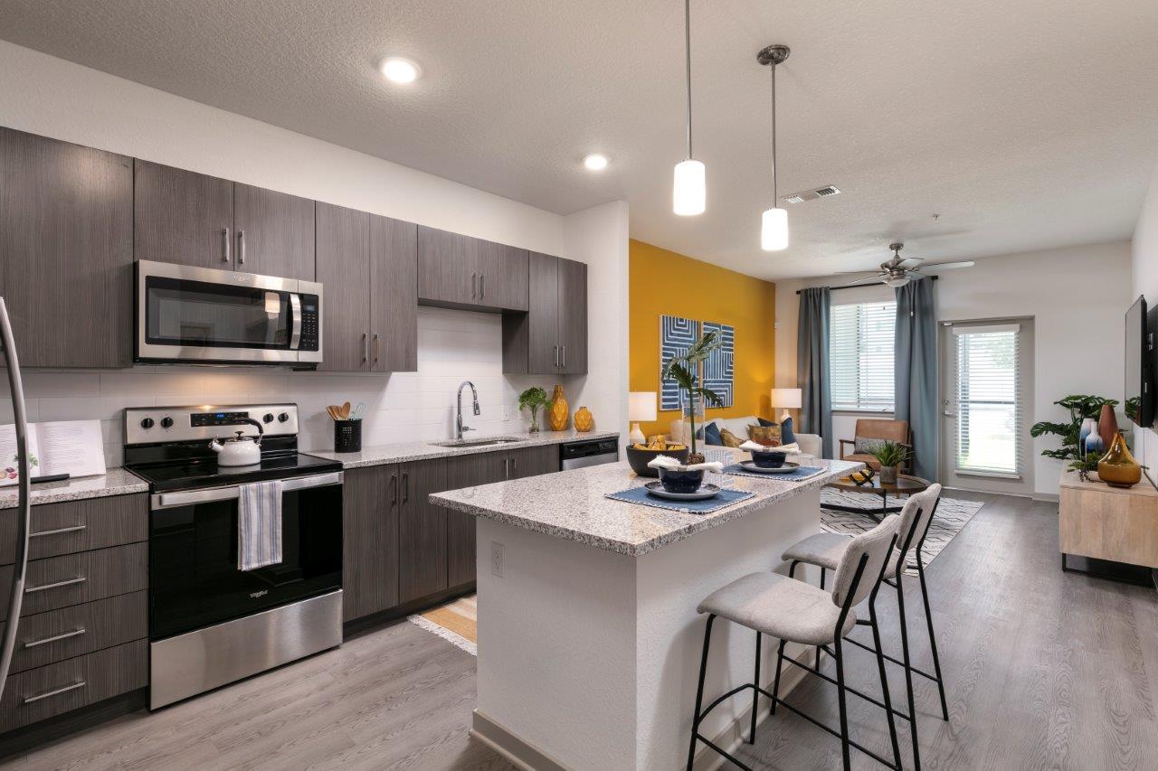 Enclave at 3230 South Daytona apartment homes model apartment